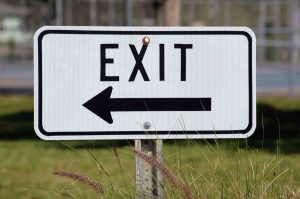 exit-sign-1420381288g32